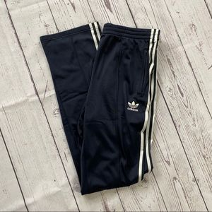 Men's Adidas navy striped athletic track pants L